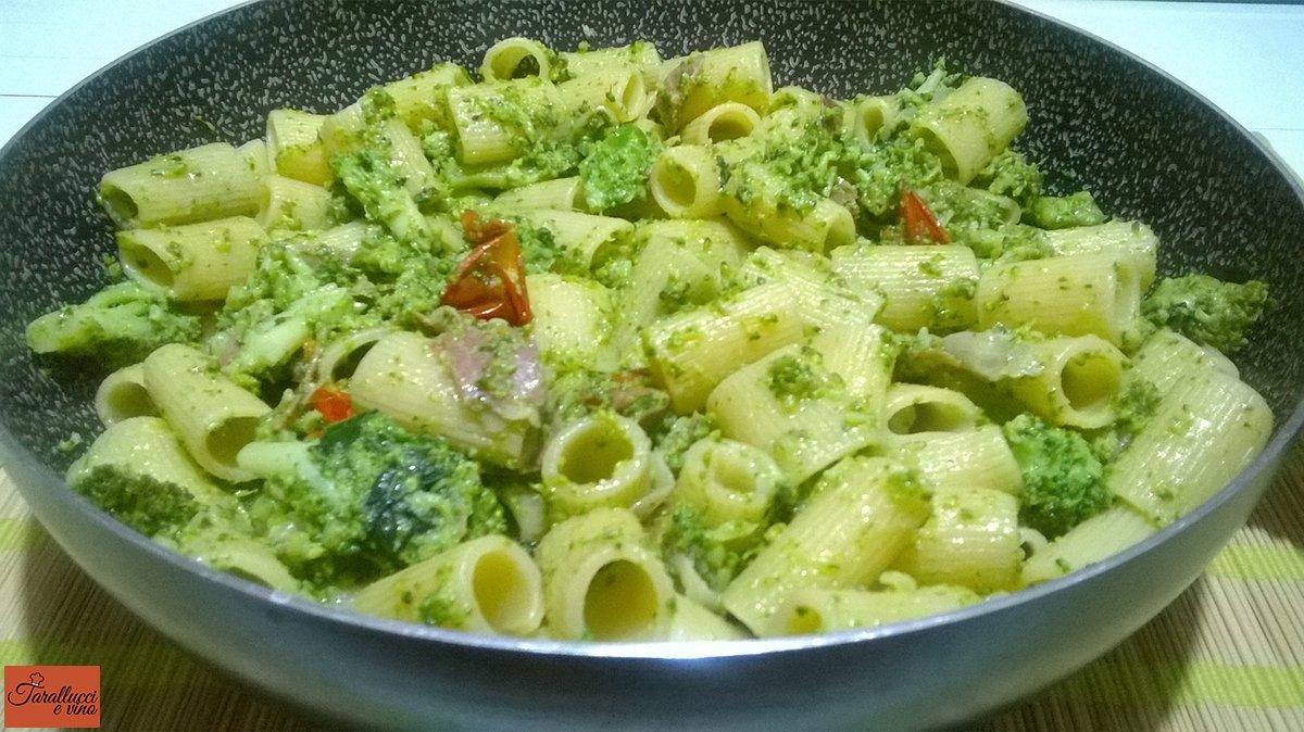 Pasta broccoletti siciliani e prosciutto