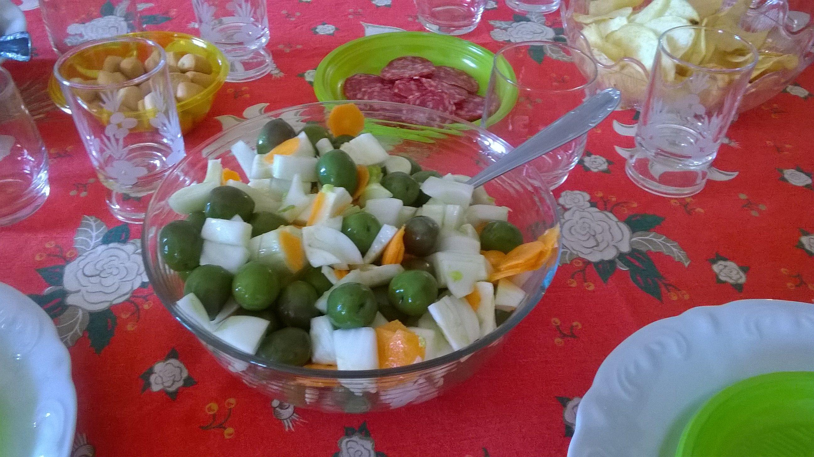 Insalata di olive finocchi e carote