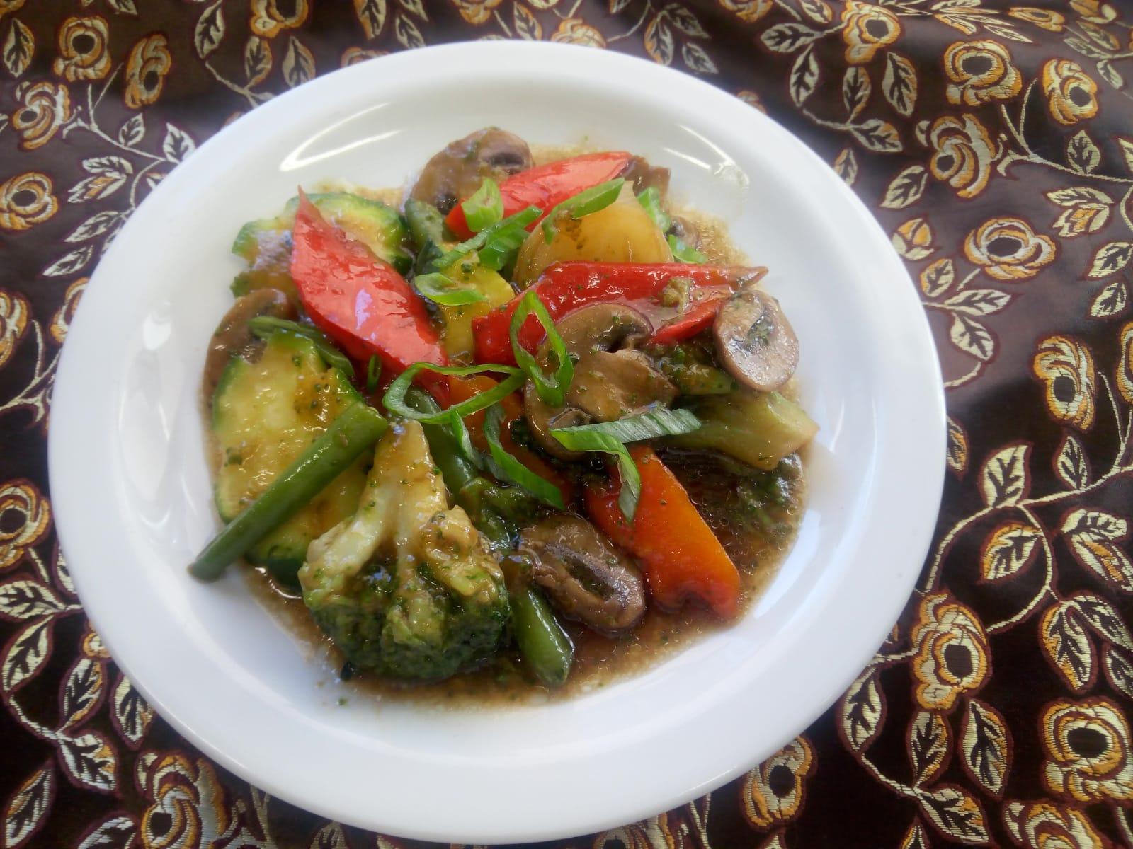 verdure miste con soia e olio di sesamo