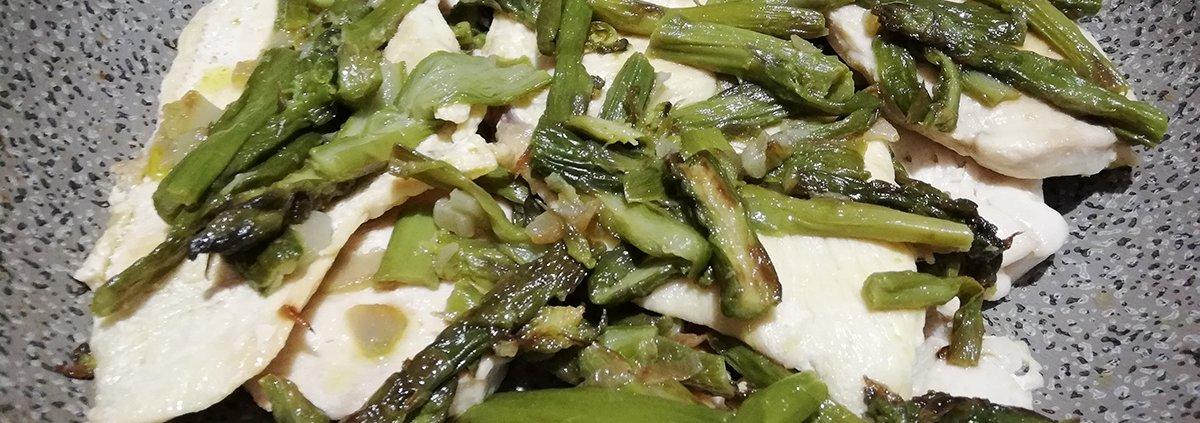petti di pollo agli asparagi